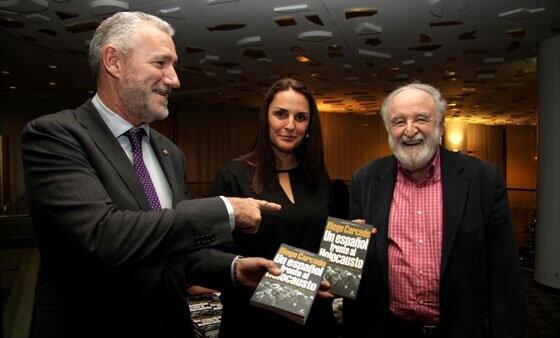 """El Club de Encuentro Manuel Broseta acogió la conferencia """"La lista de Sanz-Briz: Cómo consiguió salvar más de 5.000 vidas"""" de Diego Carcedo."""