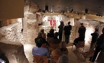 20120120 Misa mozarabe en la cripta de San Vicente Martir (foto Avan/ Alberto Saiz)