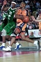 Valencia Basket Club. Bernard Hopkins