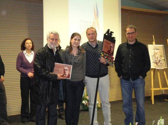 Manuel Pérez i la Falla Borrull, guanyadors del Premi Enric Soler i Godes al millor article d'un llibret de falla