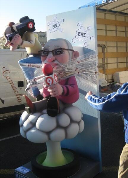 ninot-avenida-de-francia-alfredo-toran-y-olmos-2012