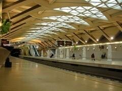 FGV. Estación de la Almaeda