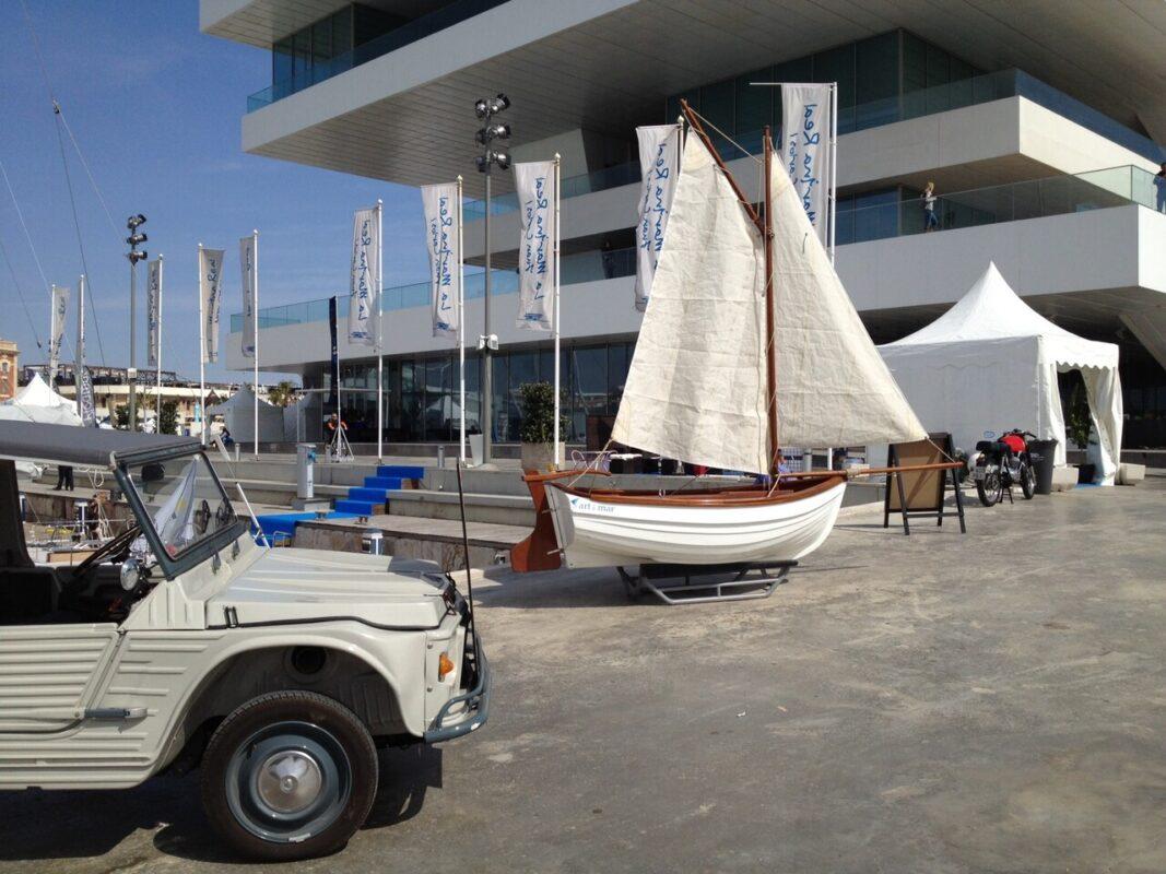 Zona de la Exposición Flotante junto al Veles i Vents/m.e.