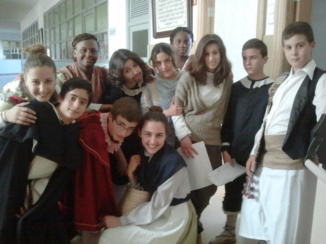 El grupo de niños del altar del Mar.