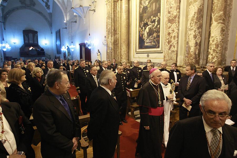 El arzobispo en la toma de juramento de nuevos caballeros del Capitulo de San Vicente Ferrer/m.guallart