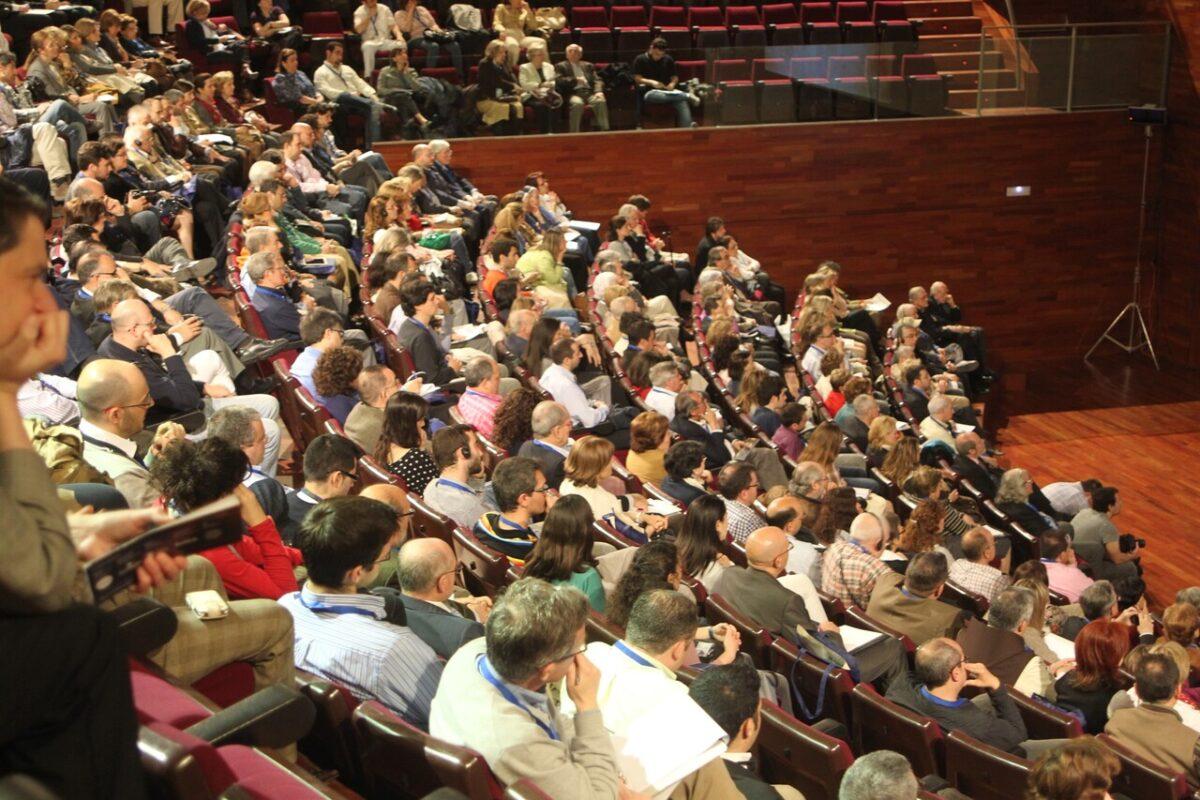 Las conferencias de la Sábana Santa han contado con una nutrida asistencia