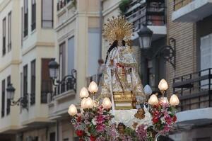 Imagen de la Virgen de los Desamparados de la calle Quart