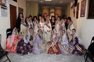 La fallera mayor infantil, Rocío Pascual, y su corte de honor con las camareras de la fiesta de la calle Quart