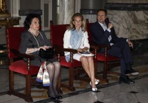 La hija y el nieto de Gascó Contell y la edil Beneyto escuchan la presentación del libro/pepe sapena
