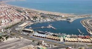 Vista área de la dársena interior del puerto que se cederá a la ciudad