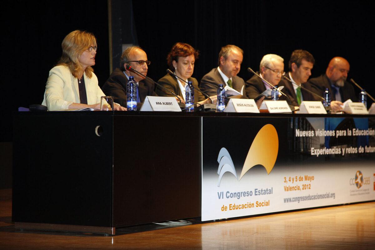 Mesa del Congreso de Educación Social en el Palacio de Congresos