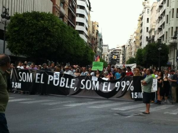 Una pancarta de la manifestación que ha recorrido hoy el centro de la ciudad.