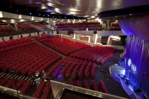 Teatro interior del MSC Divina