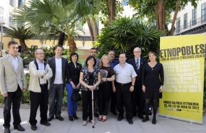Los responsables de algunos de los museos con la diputada de Cultura, María Jesús Puchalt.//gva