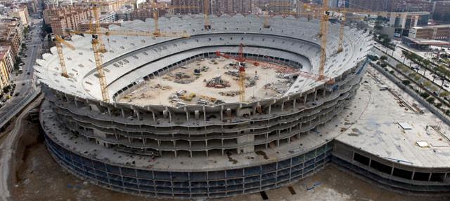 El Nou Mestalla en la avda. de las Corts Valencianes