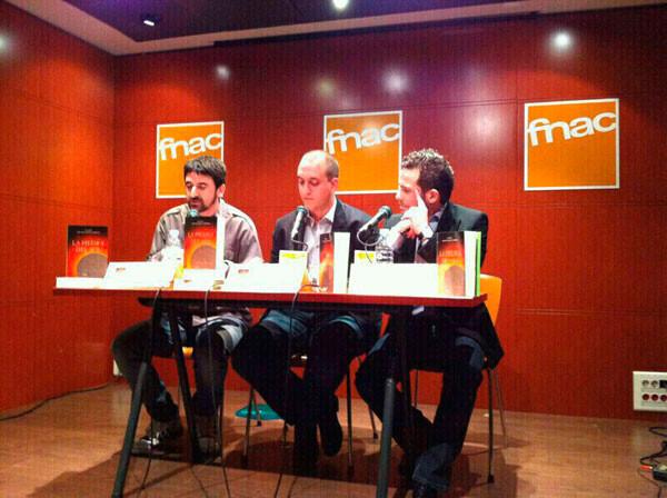 Salvador Pérez presenta su novela 'La Piedra del Sol' en la FNAC