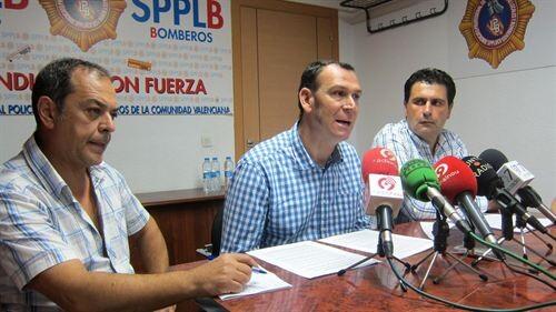 El portavoz del SPPLB junto a otros dirigentes/e.p.