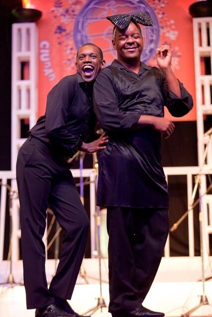 El dúo de humoristas cubanos Los Fonotarecos