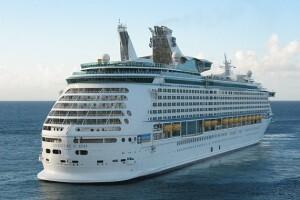 El Adventure of the Seas está atracado hoy en el puerto y zarpará a las 21 horas