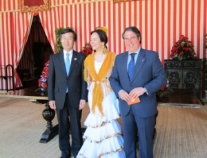 La responsable de Turismo vestida de sevillana en la Feria de Abril