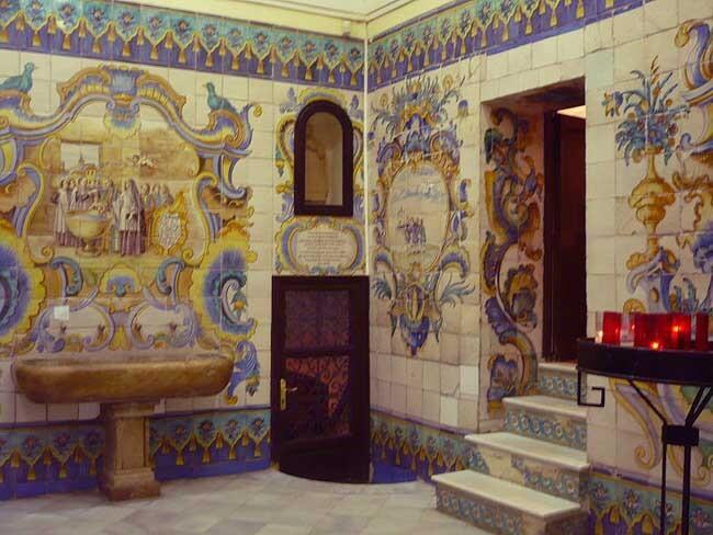 Interior de la casa natalicia de San Vicente Ferrer