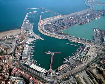 Vista aérea de la dársena interior del puerto de Valencia