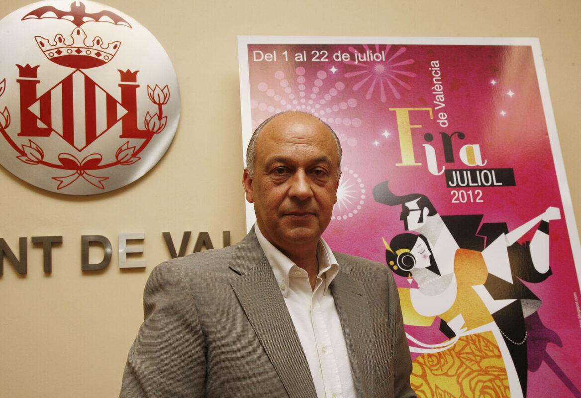 El concejal de Fiestas, Francisco Lledó, en la presentación oficial de la Fira de Juliol/pepe sapena