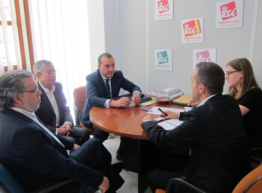 Reunión entre los representantes del Levante UD y EUPV