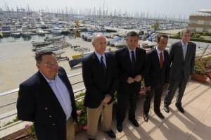 Las autoridades deportivas acudieron a la presentación de las regatas