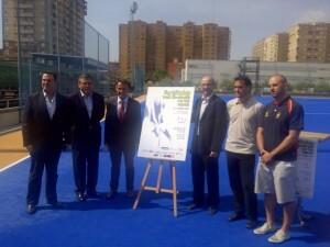 Las autoridades del ayuntamiento, diputación, Generalitat y del mundo del hockey en la presentación