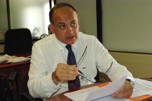 El portavoz socialista habla con seguridad sobre los temas de la ciudad y afirma que el PP ya no tiene proyecto