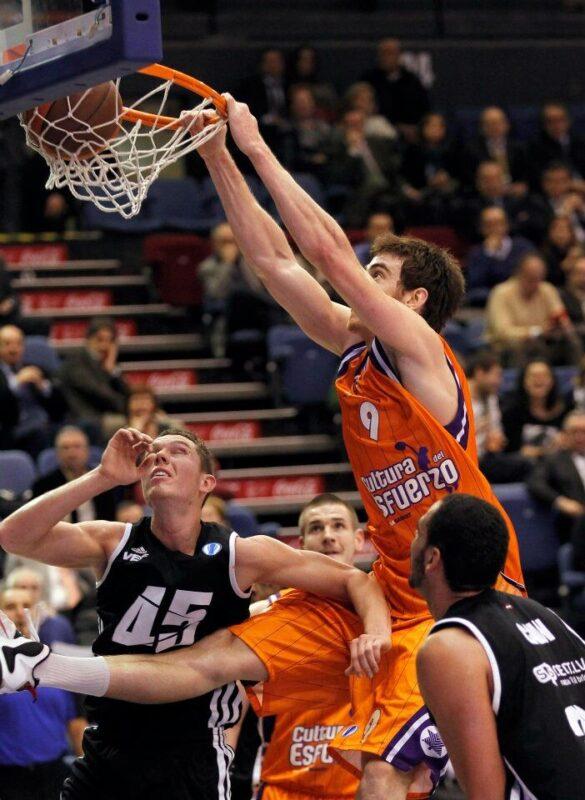 Valencia Basket Club. Claver 1