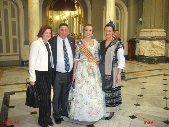 Directivos de la Casa de Asturias con la Xana de 2012 con la Fallera Mayor de Valencia, Sandra Muñoz