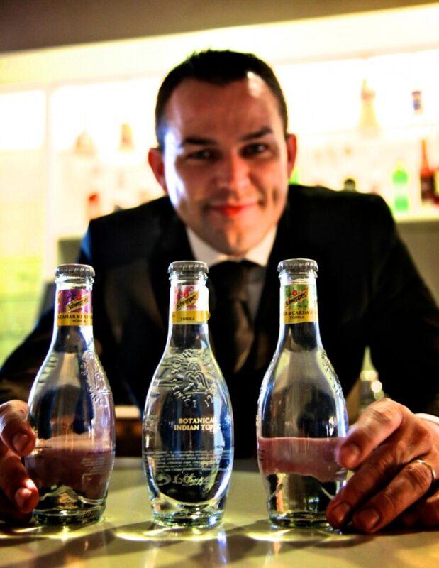 El barman Ivan Talens