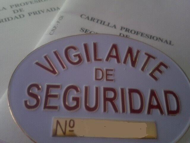 vigilante de seguridad (Small)