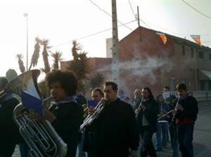 Una charanga ameniza uno de los actos de La Punta de años pasados/valencia terra i mar