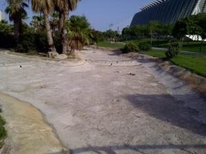 Zona seca de rio del tramo del Jardín del Turia/vlcciudad