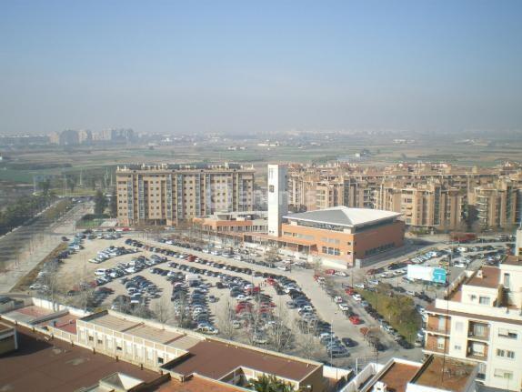 Vista aérea desde la calle La Safor donde se denunció el reparto ilegal de publicidad