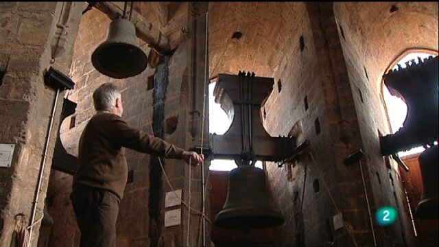 Llop voltea una de las campanas del Micalet/rtve