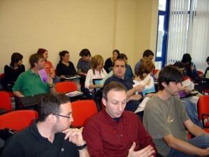 Miembros del Consell de la Joventut de Valencia en un reunión/cjv