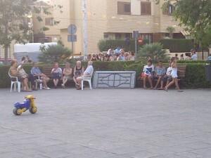 Plaza de El Saler donde se celebran las actividades festivas/vlcciudad