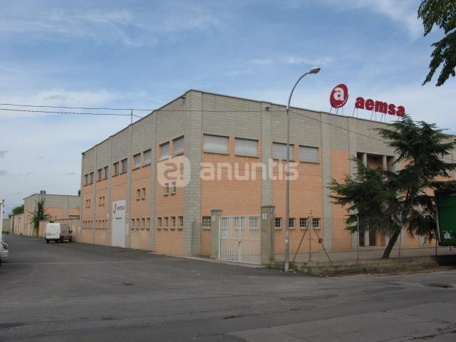 Una de las empresas del polígono de Horno de Alcedo