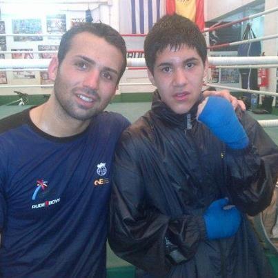 Jhonatan y johan en el club de boxeo San Cristóbal de El Grao.
