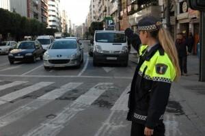 La Policia Local denunció a los vecinos que gritaron a altas horas de la madrugada en la calle/policia local