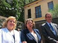 La edil Ramón-Llín con la alcaldesa, Rita Barberá, en la inauguración del Observatorio del Cambio Climático