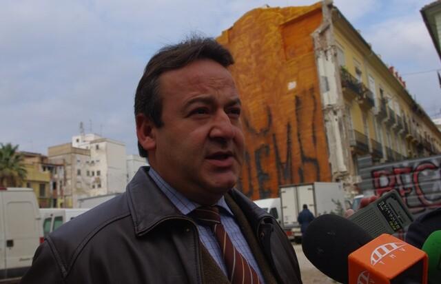 El edil Vicent Sarriá hace meses en una visita a un barrio del centro histórico