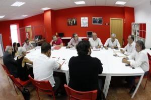 Primera reunión de los nuevos secretarios socialistas con Joan Calabuig/Alberto Saiz)