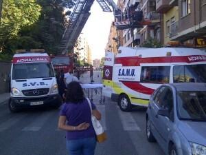 La calle se tuvo que cortar para auxiliar al enfermo/m.c.