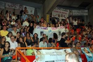 Las fallas se llevaron de todo para animar a sus candidatas/a.romero-j.v.zaragoza