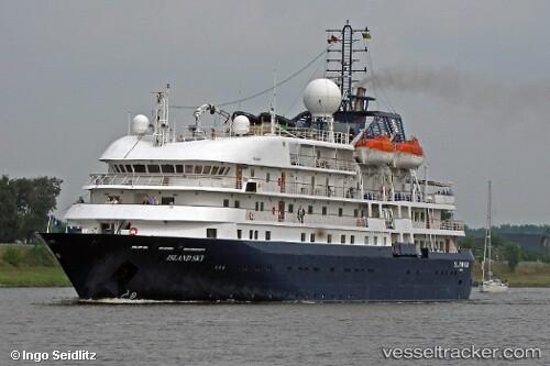 El crucero de lujo Island-Sky llega mañana jueves al puerto de Valencia